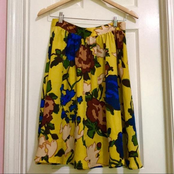 Vivienne Tam Dresses & Skirts - 3 for $30 Vivienne Tam floral skirt🌻